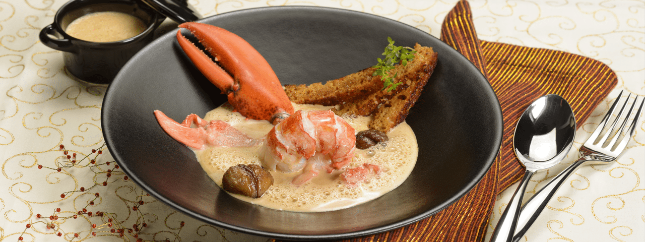 Lobster with chestnut sauce and gingerbread fingers