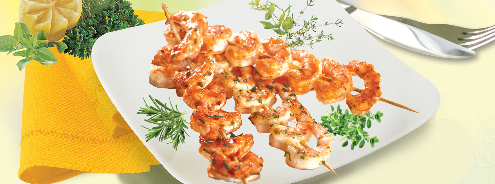 Marinated shrimps skewers